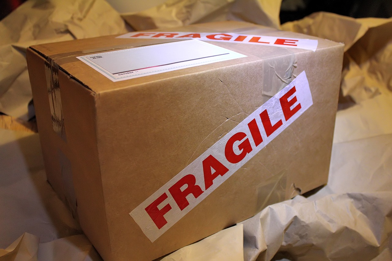 How to Pack a Fragile Item for Courier